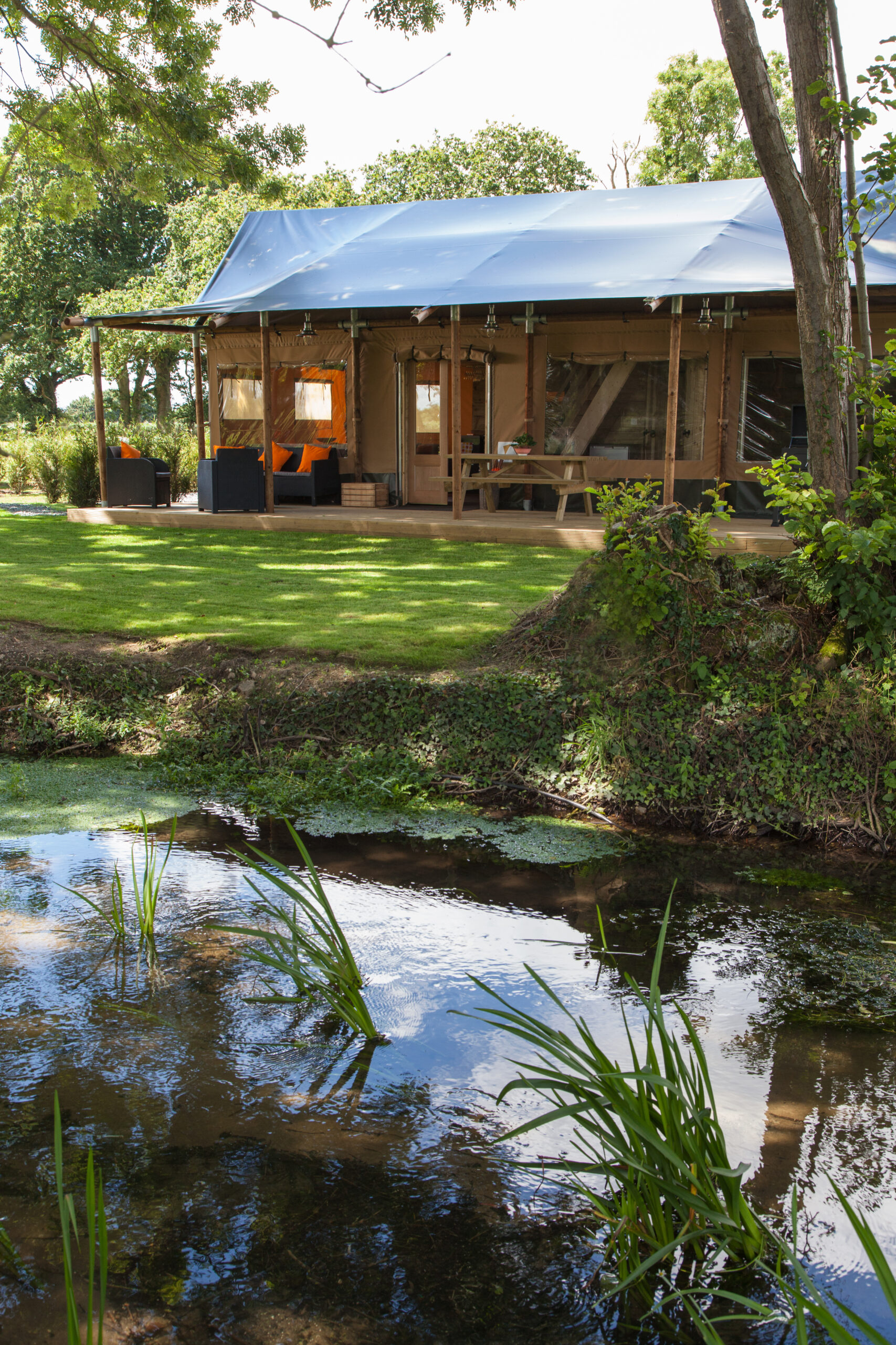Outstanding Lodge at Concierge Camping UK